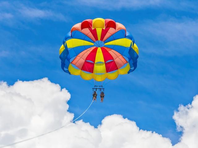 destin parasailing